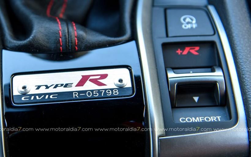 R, de Racing
