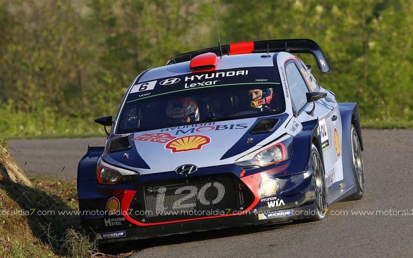 Meeke manda con el Citroén C3 WRC