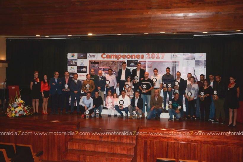 Homenaje anual a los pilotos y copilotos de La Palma