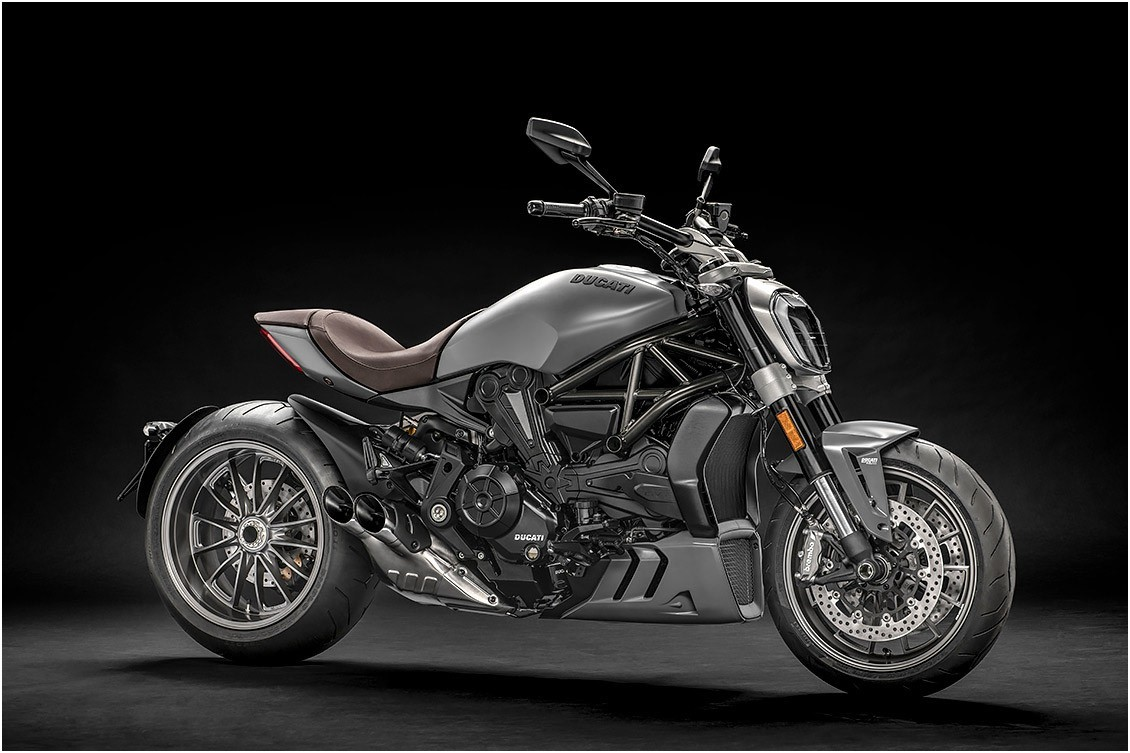 la XDiavel seguirá disponible en negro Thrilling Black