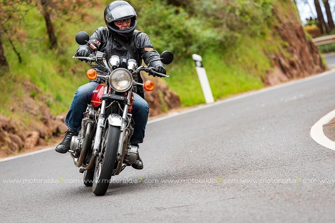 Motos Clásicas en Montaña Alta