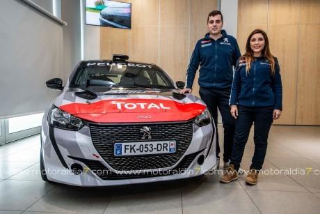 Efrén Llarena y Sara Fernández estrenará el Peugeot 208 Rally 4