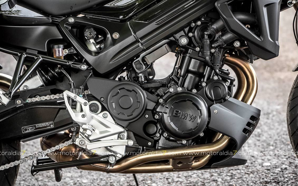 BMW F800 R. Perfectas cualidades dinámicas