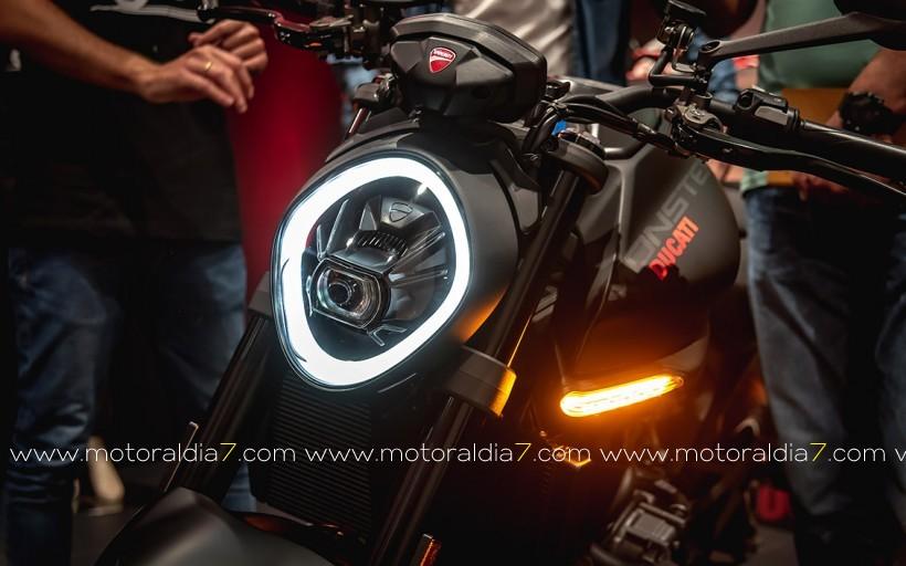 Presentación Ducati Monster