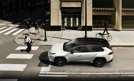 Toyota RAV4 ¡No vivas a medias!